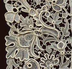 Spectacular Victorian Point de Venise needle lace edging Mint condition COLLECT