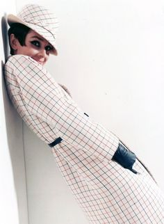 Audrey photographed by Douglas Kirkland for 'How To Steal A Million'.