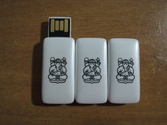 Gratis Flashdisk Logo ITB White Candy 8GB
