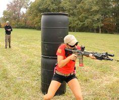 Girl & Gun 銃を持った女の子(@GunGirlpic)さん | Twitter