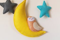 Moon Stars and Owl Wall Hanging/Mobile by TinyHappyBee on Etsy Hanging Mobile, Stars And Moon, Owl, Unique Jewelry, Handmade Gifts, Etsy, Vintage, Kid Craft Gifts, Owls