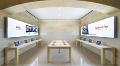 Apple store inside Grand Central station by Bohlin Cywinski Jackson. Photo by Hufton + Crow.