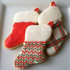Christmas stocking decorated sugar cookie. Royal icing. Red, white, green. Marbled, sanding sugar. Christmas Goodies, Christmas Treats, Holiday Baking, Christmas Baking, Christmas Stocking Cookies, Cookie Designs, Cookie Ideas, Candy Cane Wreath, Royal Icing Decorations