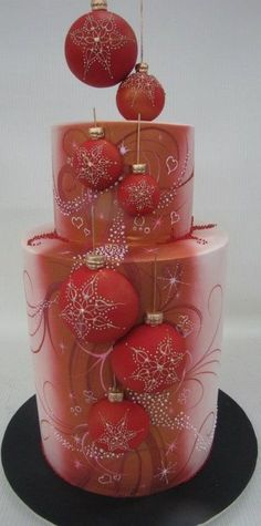 Such a great Christmas cake design! Christmas Cake Decorations, Christmas Cupcakes, Holiday Cakes, Christmas Treats, Christmas Baking, Xmas Cakes, Pink Christmas, Beautiful Christmas, Beautiful Cakes