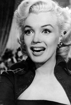 I just want to be wonderful/ Marilyn Monroe in Gentlemen Prefer Blondes (1953)