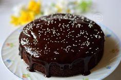 Eggless Chocolate Beetroot Cake with Cocoa Powder Ganache Recipe Beetroot Chocolate Cake, Eggless Chocolate Cake, Chocolate Shavings, Chocolate Cream, Rasmalai Cake Recipe, Springform Cake Tin, Ganache Recipe, Indian Desserts
