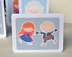 """Print and Cute Your Own Ice Princess """"Frozen"""" Cards - inspirednest.ca"""
