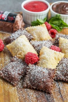 Fried Ravioli with Raspberry Chocolate Goat Cheese Filling. Could make these into pierogi dessert Just Desserts, Delicious Desserts, Dessert Recipes, Yummy Food, Unique Desserts, Macaroons, Chocolate Ravioli, Dessert Pasta, Dessert Ravioli Recipe