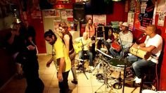 pagode 3 by PAGODE DO JAMBO en CASA LATINA BRAZIL TIME bordeaux 13 09 2013) BRAZIL TIME à la CASA LATINA ( bordeaux)  21H00 BAL BRESILIEN !!!!!! minuit TAÏNOS TIME !!!!!!  CASA LATINA devient pour la soirée CASA DO BRAZIL ! avec les musiciens du groupe PAGODE DO JAMBO ! La voix et la danse sont à l'honneur comme dans la plupart des musiques brésiliennes. !  PAGODE DO JAMBO, c'est 5,6 musiciens passionnés par leur pays et leurs traditions !!