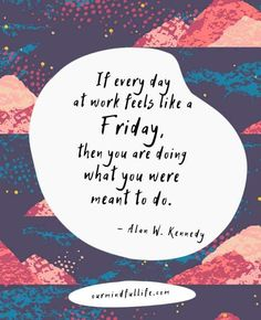 32 Funny Happy Friday Quotes To Activate Your Weekend Mode - - We all get excited on Friday, yet it can be difficult to kill the rest of office hours. These funny Friday quotes will warm you up for weekend. Feel Good Friday, Friday Feeling, Friday Love, Funny Friday Memes, Friday Humor, Monday Memes, Dating Humor, Sarcastic Quotes, Funny Quotes