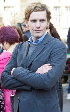Твиттер Shaun Evans, Inspector Lewis, Inspector Morse, Best Actors Today, Endeavour Morse, Cozy Mysteries, British Actors, New Love, Beautiful Men