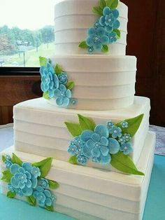 I want something like this for my wedding! Just different colors on it!