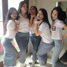 New Style School Uniform Jeans Ideas School Girl Dress, School Uniform Girls, Redhead Girl, Brunette Girl, Pretty Blonde Girls, Sexy Nurse, Cute Young Girl, Indonesian Girls, Sexy Asian Girls