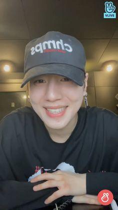 Got7 Yugyeom, Things To Think About, Baseball Hats, Memes, Funny, Pretty, Baseball Caps, Ha Ha, Hilarious