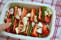 Supă cremă de roșii coapte cu crutoane cu parmezan sau de post | Savori Urbane Parmezan, Cucumber, Vegetables, Food, Celery, Essen, Vegetable Recipes, Meals, Yemek