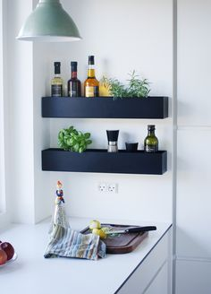 WallBOX for herbs in the kitchen Kitchen Interior, Room Interior, Kitchen Herbs, Wall Boxes, Kitchen Styling, Danish Design, Floating Shelves, New Homes, Plant
