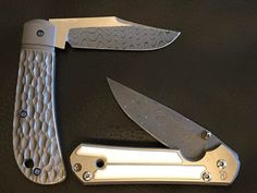 Weekend carry. #pena custom and a small mammoth ivory #sebenza21. I guess I was in a #damascus mood when I went through the case on the way out the door. # What's in your pocket?