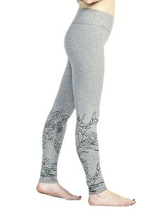 Flower Garden High Waist Legging - Sports - Lounging - Gym Wear (Large, Silver Heather). Fit: Runs True To Size. Support: High on Waist and Hip. Fabric Content: 90% Nylon, 10% Spandex. Features: Sturdy Waistband To Eliminate Muffin Tops and Keeps Our Core Locked and Ready For Anything, Hidden Waistband Pocket. Best For: Yoga, Running, Pilates, Gym Workouts, Moderate Hiking, Lounging.
