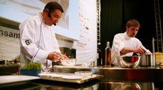 La ciudad de A Coruña acogerá el Fórum Gastronómico 2014 http://www.vinetur.com/2013091913391/la-ciudad-de-a-coruna-acogera-el-forum-gastronomico-2014.html