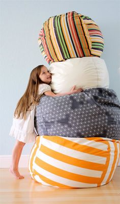 DIY – sew a big pouf, via So You Think You're Crafty