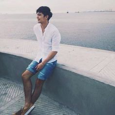 Honey Can I take you out to see the sea? Can I hear another story please? (c)jaye. James Reid, Nadine Lustre, Jadine, Asian Men, Asian Guys, Man Crush, Celebrity Crush, Cute Couples, Dancer