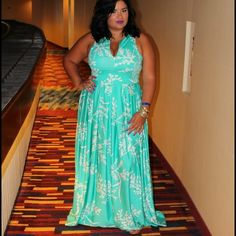 Custom made designer maxi dress. Beautiful custom made Designer maxi dress. Fits size 18 or 2x. Lightly worn once. Zipper in the front to adjust cleavage. Pockets! Dresses Maxi