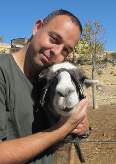 Eldad the Dog rescuer makes me believe in humanity again