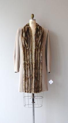 Ainsley House coat coat vintage fur trimmed by DearGolden Vintage Fur, Vintage Clothing, Vintage Outfits, Fur Trim Coat, Housecoat, Close Up Photos, Furs, Lincoln, 1940s