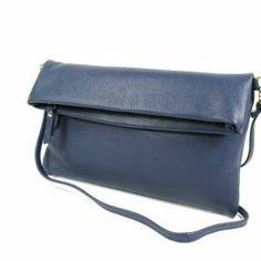 f826a6a9ef7 10 beste afbeeldingen van Kleine handtasjes - Beauty products ...