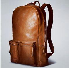 Eu gosto de coisa clean e esses bolsos saltando para fora estão lindos!