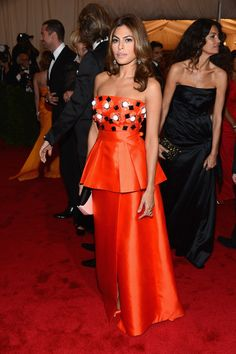 Eva Mendes in Prada | some good with prada.. some.. oh you guess