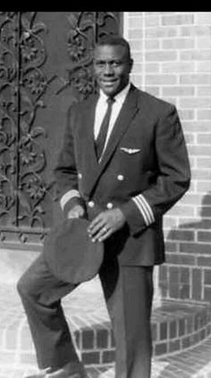 Marlon Dewitt Green (June 1929 – July was an African-American pilot whose landmark United States Supreme Court decision in 1963 helped dismantle racial discrimination in the American passenger airline industry. Black History Month, Black History Facts, Kings & Queens, Non Plus Ultra, Creation Photo, By Any Means Necessary, Black White, Black Man, We Are The World