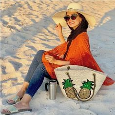 Enjoying the vacation season by the beach or pool doesn't have to be an arduous over-packing task. Sara Fashion, Modest Fashion, Fashion Outfits, Cute Beach Outfits, Mode Turban, Stylish Photo Pose, Hijab Trends, Honeymoon Outfits, Hijab Fashionista