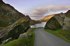gap of dunloe ireland | Gap of Dunloe - Moriartys - Where the Gap Begins... Authentic Irish ...