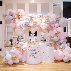 Twinkle twinkle little star.... @luxecoutureevents blows us away with yet another amazing set up for a baby shower with images perfectly…