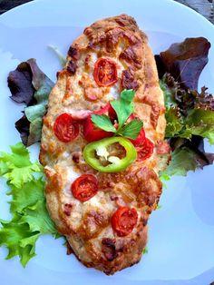 Sajtos-szalonnás tönköly lepény - GastroHobbi Pepperoni, Mozzarella, Vegetable Pizza, Bacon, Vegetables, Yum Yum, Food, Essen, Vegetable Recipes