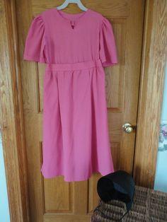 Authentic Childs Girls Amish Pink Dress Child's Amish Black Bonnet | eBay