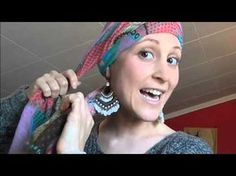 Colocación pañuelos 1 // Cancer mama ;) - YouTube Turban Tutorial, Hijab Style Tutorial, Hair Wrap Scarf, Hair Scarf Styles, Homemade Hair Accessories, Chemo Caps Pattern, Hats For Cancer Patients, Head Turban, Head Scarf Tying