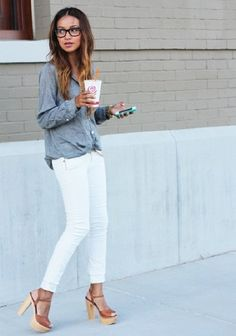 Chambray + white skinnies + platform sandals. So simple. So stylish! ♥Click and Like our FB page♥