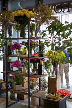 FlowerSchool New York | Setting Up Shop with Christian Tortu-April 21, 2015