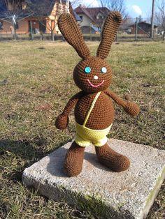 Háčkovaný králíček háčkovaný králíček, plněný dutým vláknem - výška cca 25 cm - háčkované podle návodu odKamlin