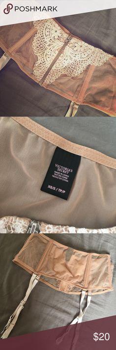 NWOT Victoria's Secret Bridal Garter Belt Beautiful Nude/Beige mesh and lace garter belt . . Brand new . . Never been worn Victoria's Secret Intimates & Sleepwear Panties