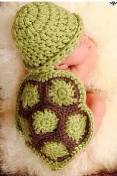 Baby turtle newborn outfit wish there was a website to make this!