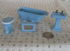 Vintage Tootsietoy Dollhouse Bathroom Set Blue by kccaseyfinds
