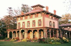 1850 colonial house | Victorian House Styles in America, Period Architecture 1840 to 1900