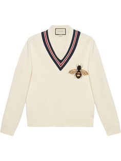 Gucci Wool Sweater With Bee Appliqué - Gucci Sweater - Ideas of Gucci Sweater - Gucci Wool sweater with bee appliqué High End Fashion, Look Fashion, Korean Fashion, Fashion Outfits, Fashion Design, Gucci Outfits, Mens Fashion, Casual Outfits, Cute Outfits