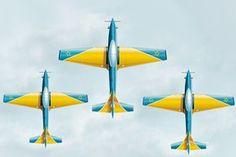 As manobras, os aviões e os pilotos da Esquadrilha da Fumaça