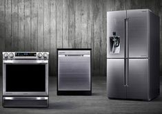 Besides its Food ShowCase Zipel refrigerator, Samsung Chef Collection of premium home appliances includes the refrigerator, the slide-in electric range cooker and the dishwasher. Stove Heater, Pellet Stove, Retro Appliances, Kitchen Appliances, Electronic Appliances, Small Appliances, Samsung, New Kitchen, Kitchen Decor