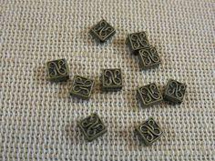 25pcs, Perles losange, perles métal, perles bronze antique, perles 5mm, lot perles en métal, perles tribal, perles celtique, création bijoux de la boutique ArtKen6L sur Etsy