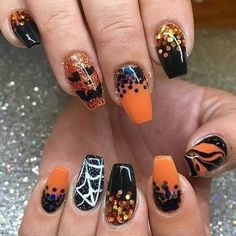 Are you searching for popular Halloween nail art designs? Then you will love our photo gallery featuring the most inspiring Halloween nail designs. Holloween Nails, Cute Halloween Nails, Halloween Acrylic Nails, Halloween Nail Designs, Cute Acrylic Nails, Fun Nails, Pretty Nails, Glitter Nails, Chic Halloween